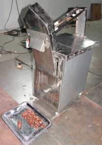 Dry fruit roll cutting  machine